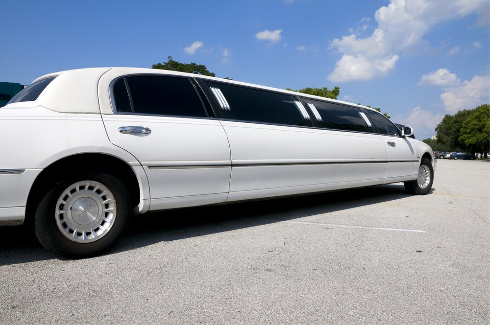 Limo Reservation Services in Chicago, Illinois & Other Areas